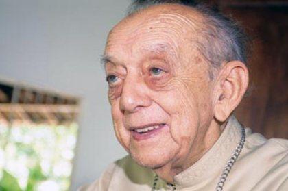 Dom Helder Câmara (1909-1999), bispo e arcebispo católico, foi defensor dos direitos humanos durante o regime militar e o único brasileiro indicado quatro vezes para o Prêmio Nobel da Paz.