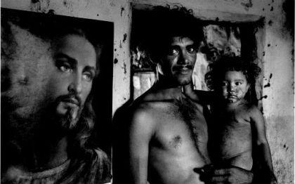 """Foto de Sebastião Salgado em seu livro """"Terra"""""""